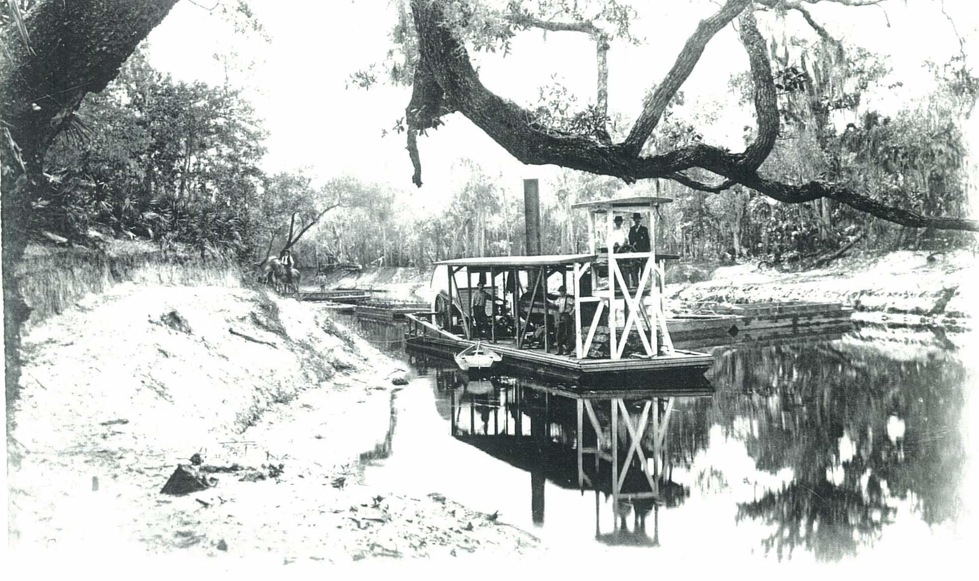 Peace River Tug boat